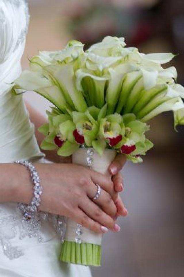Свадебные букеты для невесты из калл и орхидей, цветы могилев букет