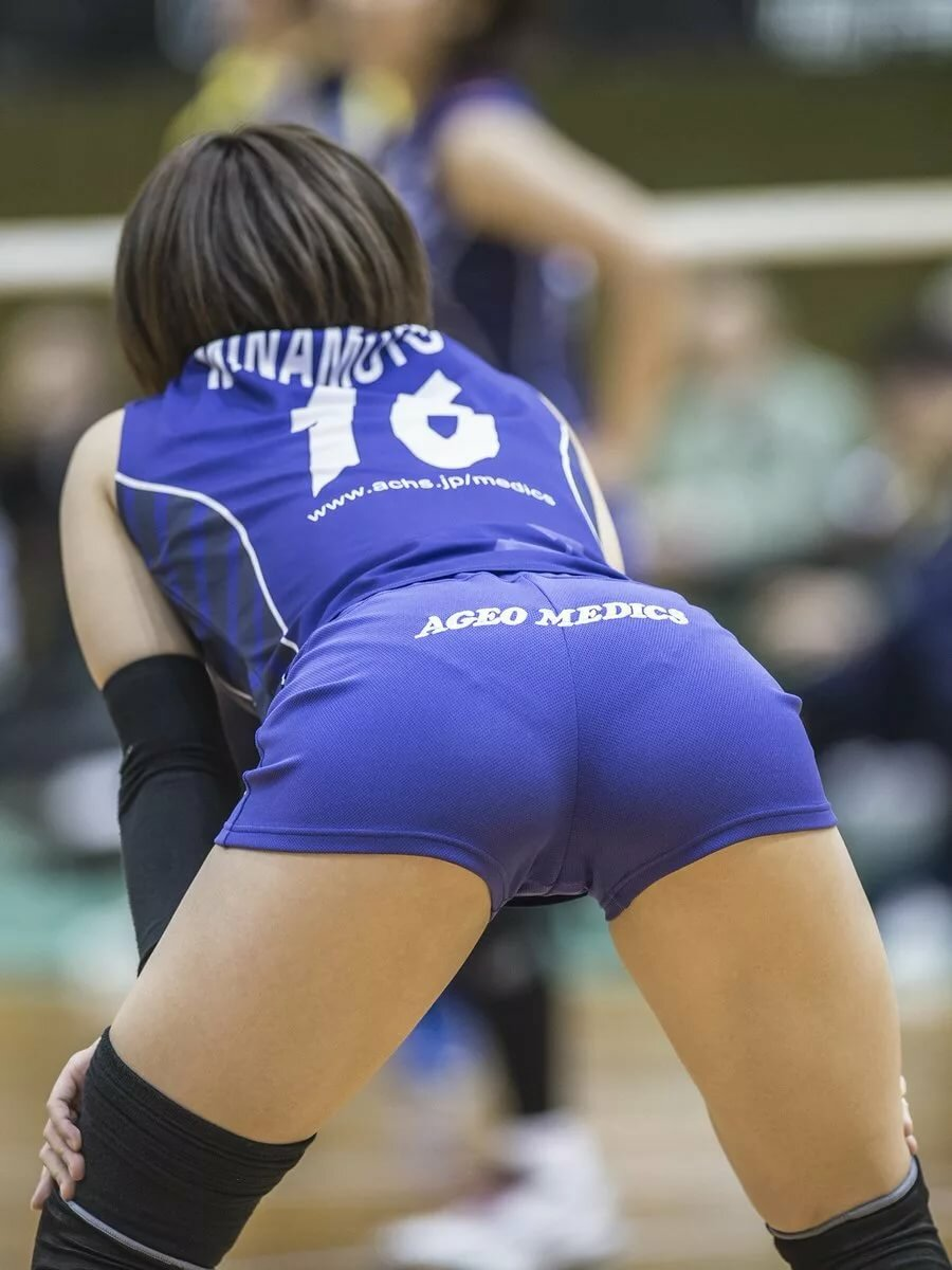 volleyball-spandex-camel-toe