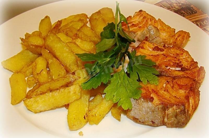 рыба жареная в картофеле фото это однотонные