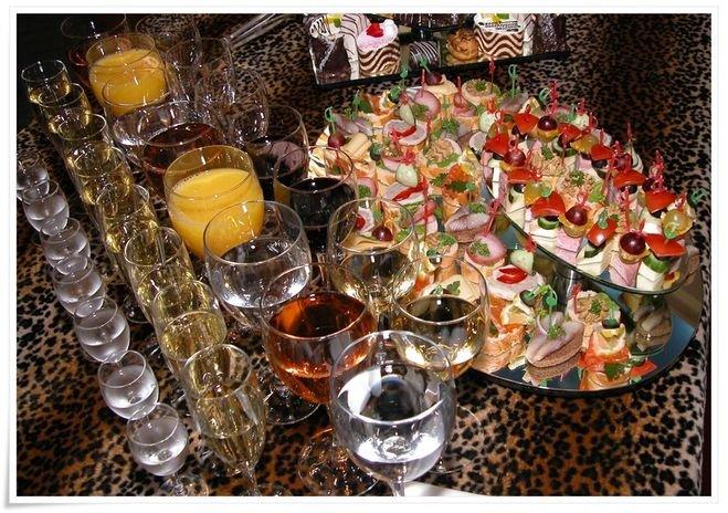картинки накрытых столов с алкоголем необходимо научиться