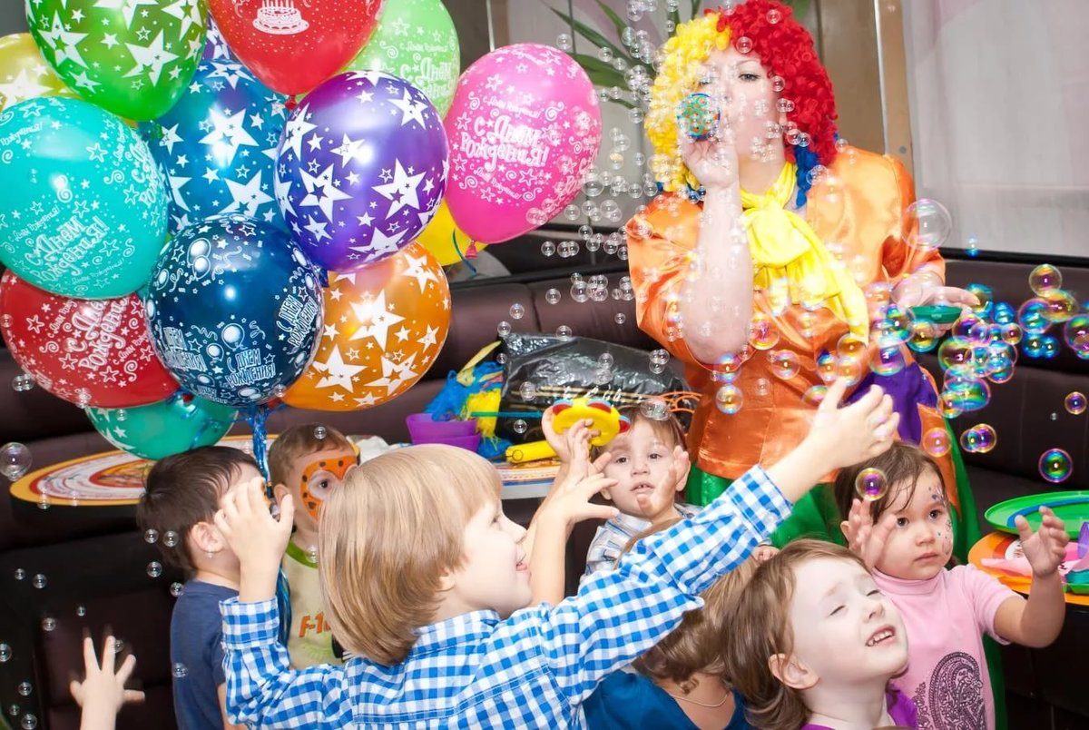 Как интересно отметить детский праздник в Москве?