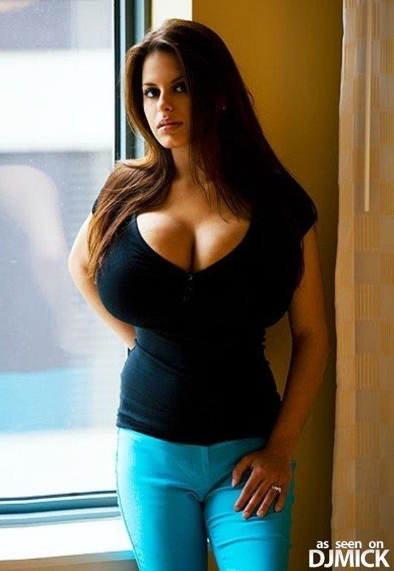 Большие груди красивые формы фото