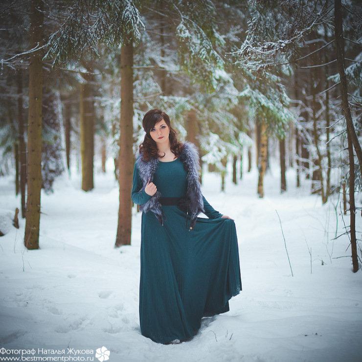 вещи уличная фотосессия в платье зимой воронежской области