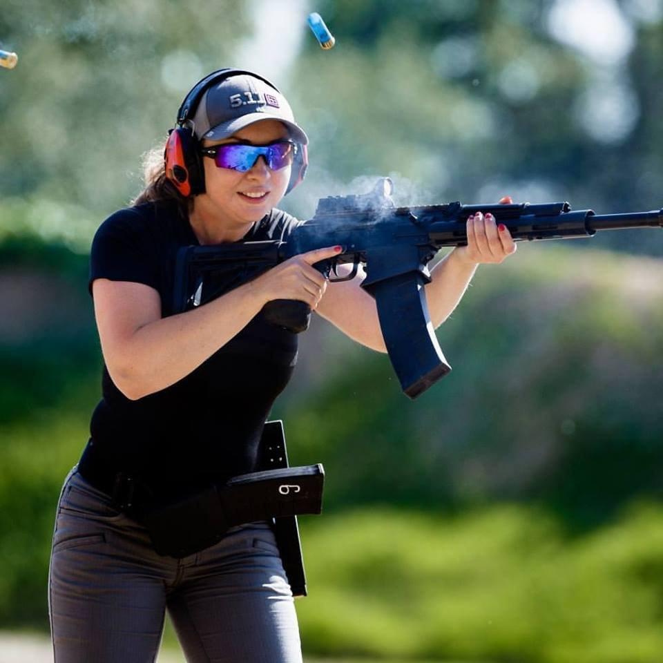 Гифка красивые, картинки стрельба из пистолета