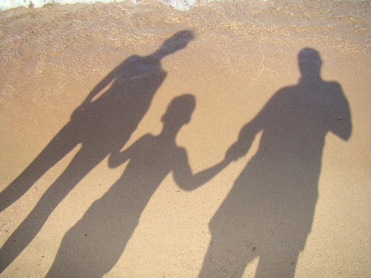свой картинки тень на троих отправке