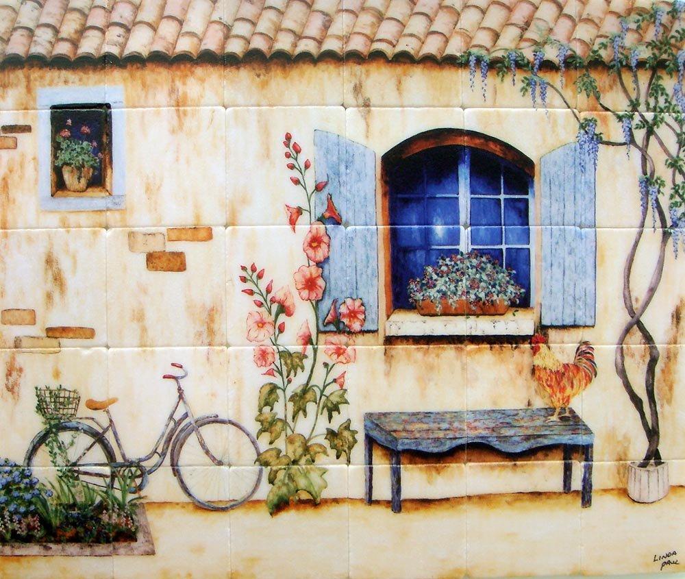Картинки на стенах дачи