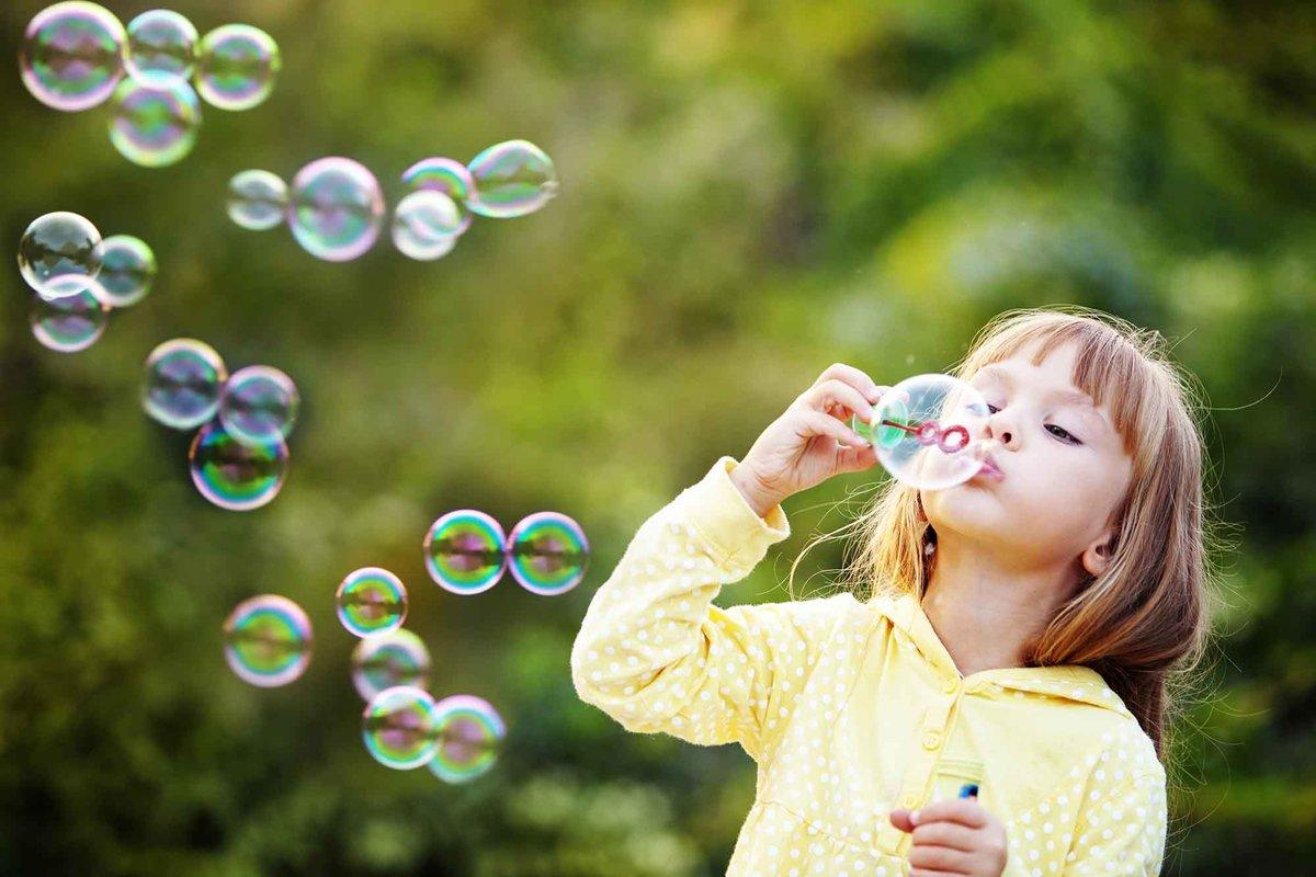 Надпись к картинке с мыльными пузырями
