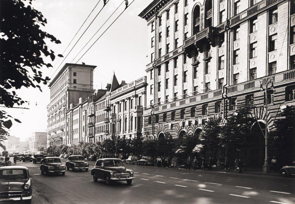таких старые фото улицы городская г москва один ветеран ходил