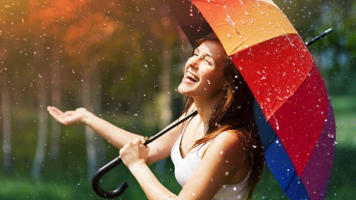 Детский сад, картинки с надписями девушка под дождем