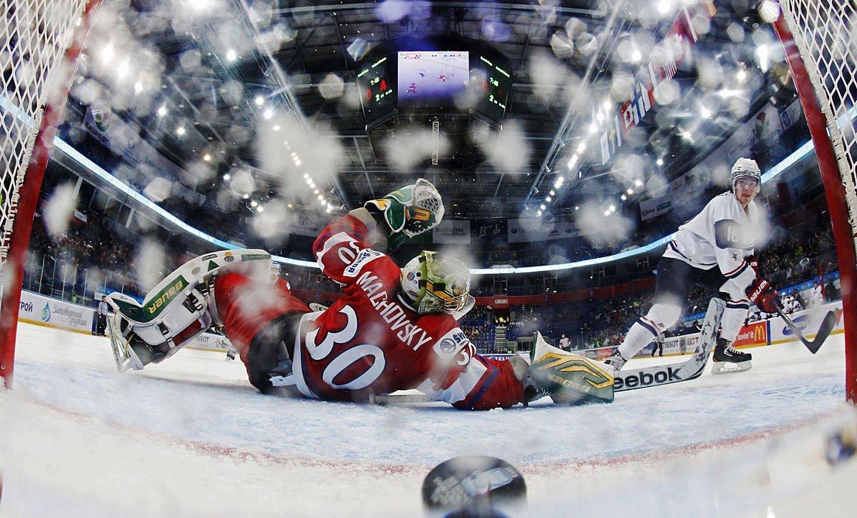 Картинка про хоккей, мартом поздравить