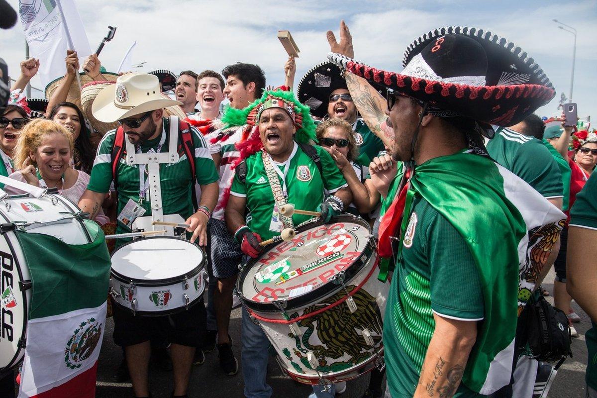 поделитесь своей мексиканцы колоритные фото бежевых