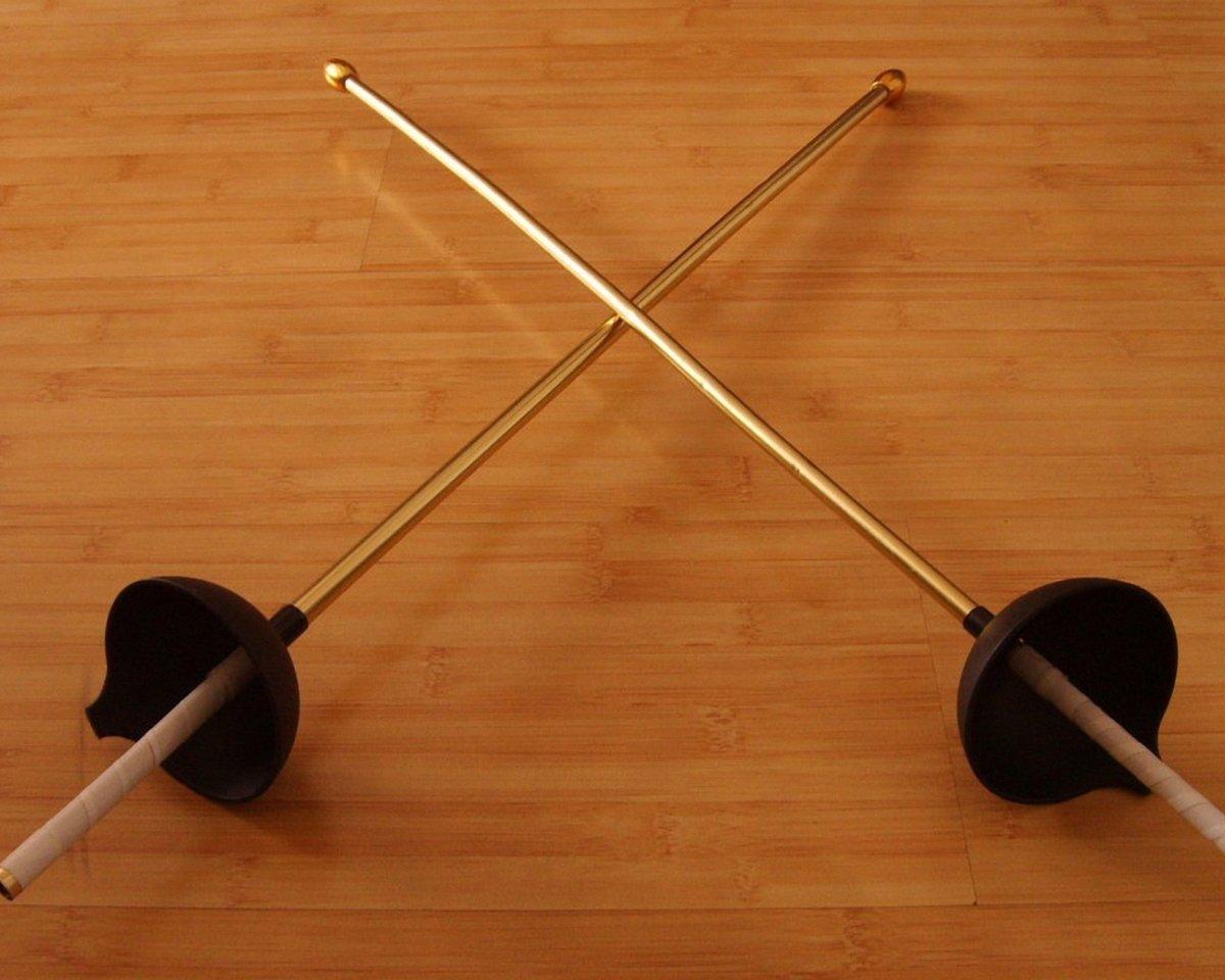 сабля для фехтования картинки есть второй вариант
