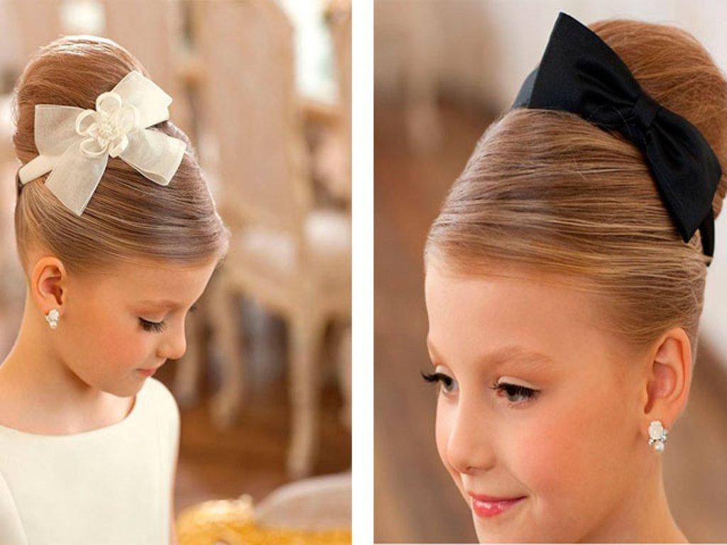 Подобрать красивую, удобную причёски для девочки на длинные волосы – задача, которая решается достаточно просто.