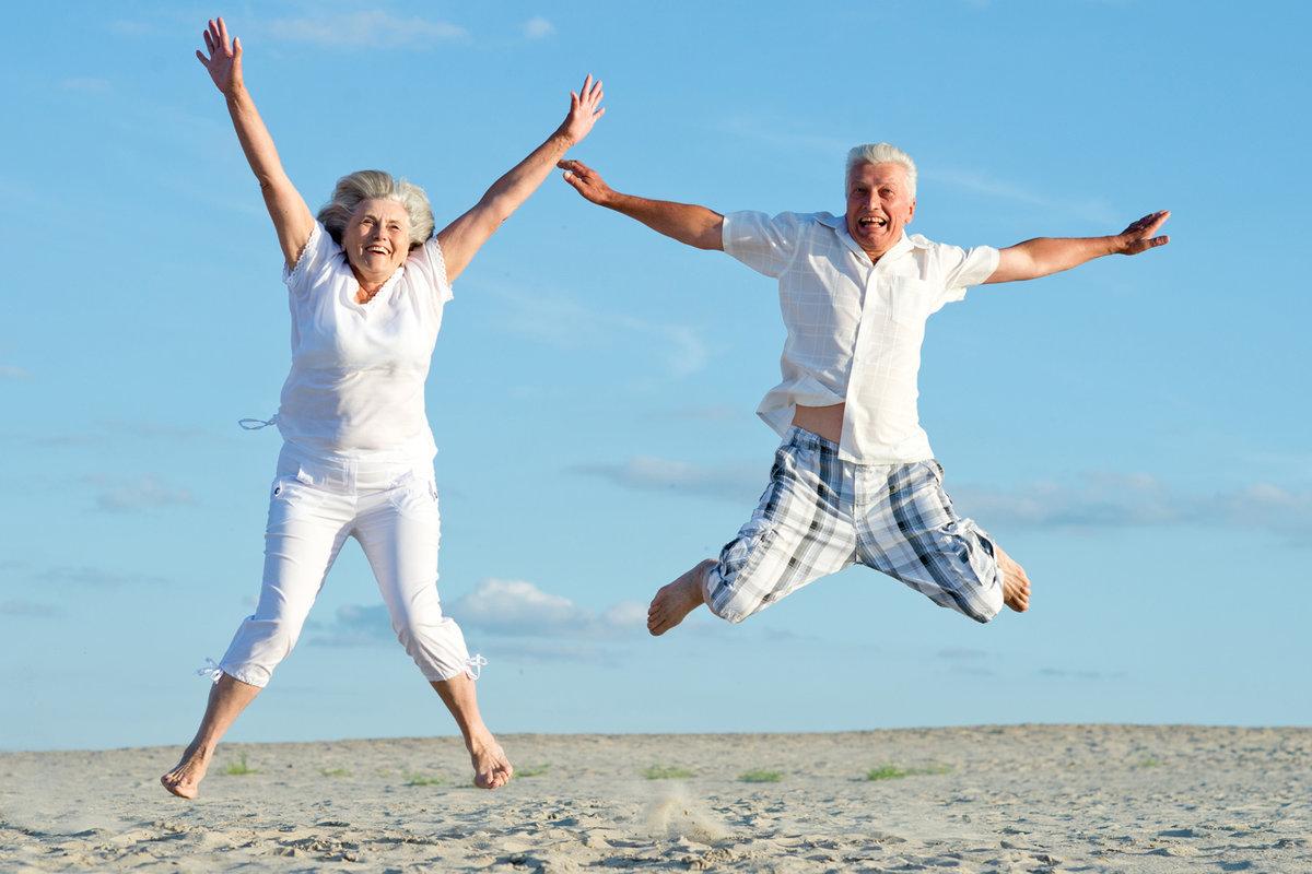 Картинки пожилые люди и активный образ жизни