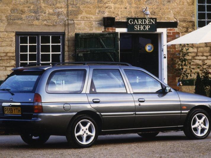 Pin op uk classic cars