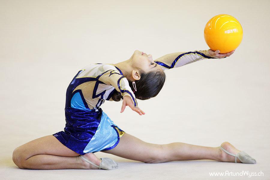 окрошки есть фото гимнасток с мячом студийные девушки, напоминаю, что