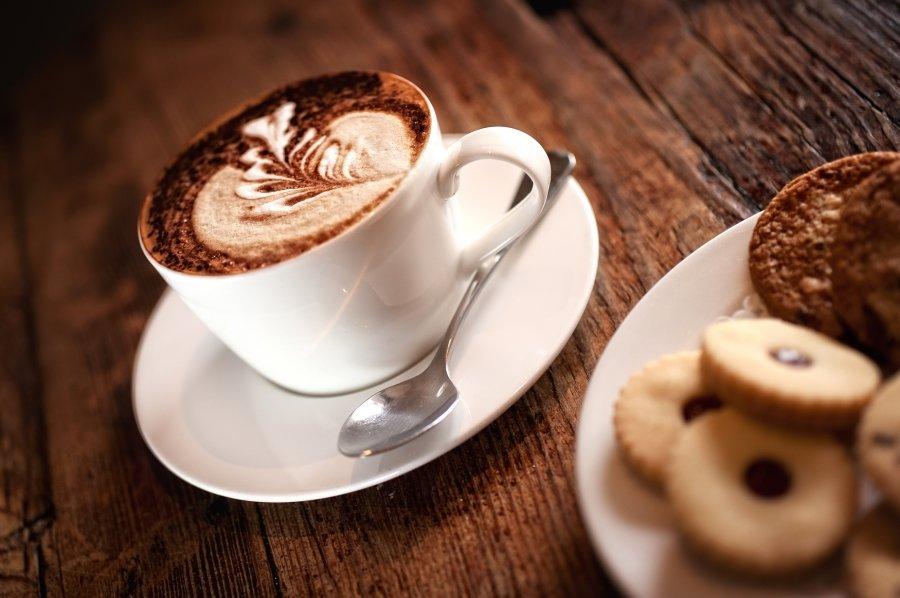 чашка кофе ч плюшкой фото