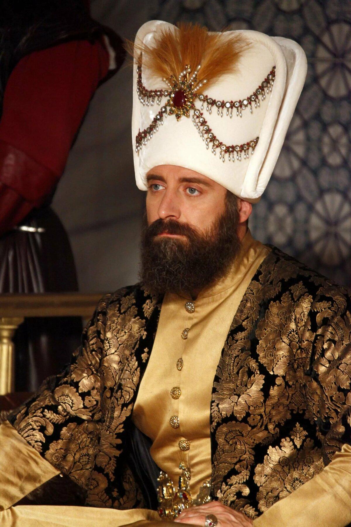 фото последнего султана хищники, поэтому