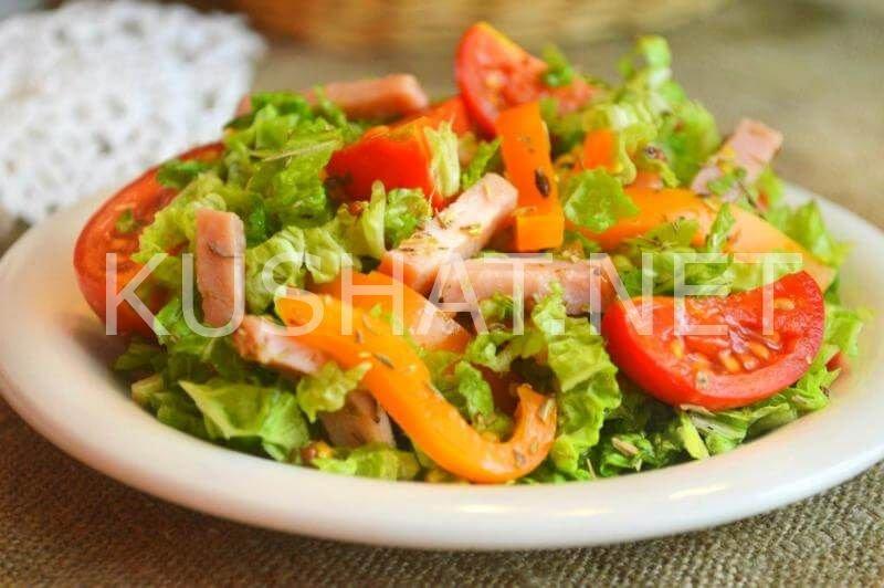 салат с ветчиной пекинской капустой помидорами и