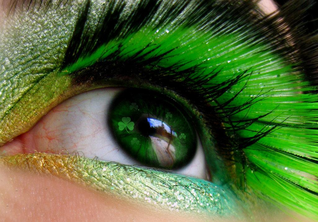 Зеленые глаза картинки прикольные, открытке