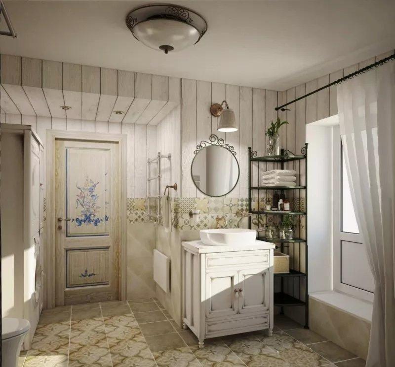 Ванная в стиле прованс. Деревянные двери в ванную расписаны цветочными узорами.