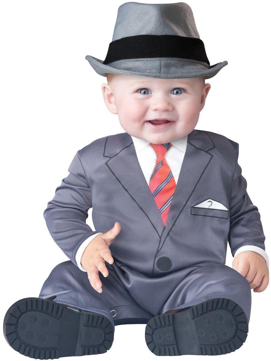 Картинка костюм для детей на белом фоне