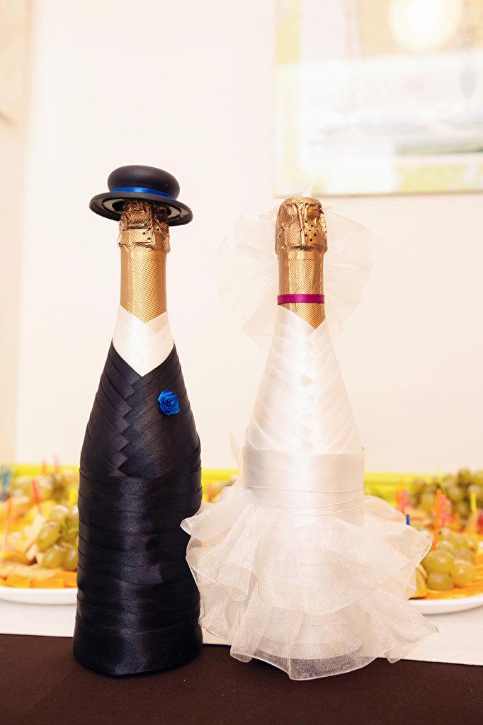 что картинка жениха на бутылку шампанского может быть разной