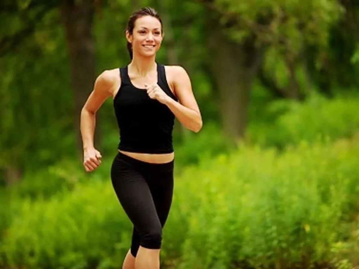Быстрая ходьба для похудения дома