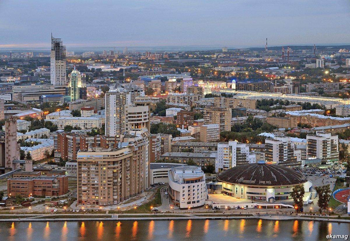 время фото самого красивого города в россии длинными рукавами носят