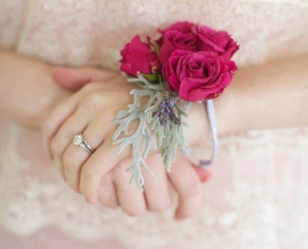 Браслеты — альтернатива букетам подружкам невесты