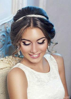 Яркий макияж - для яркой невесты 34