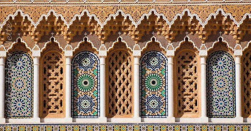 Фрагмент плиточной мозаики декора дворца