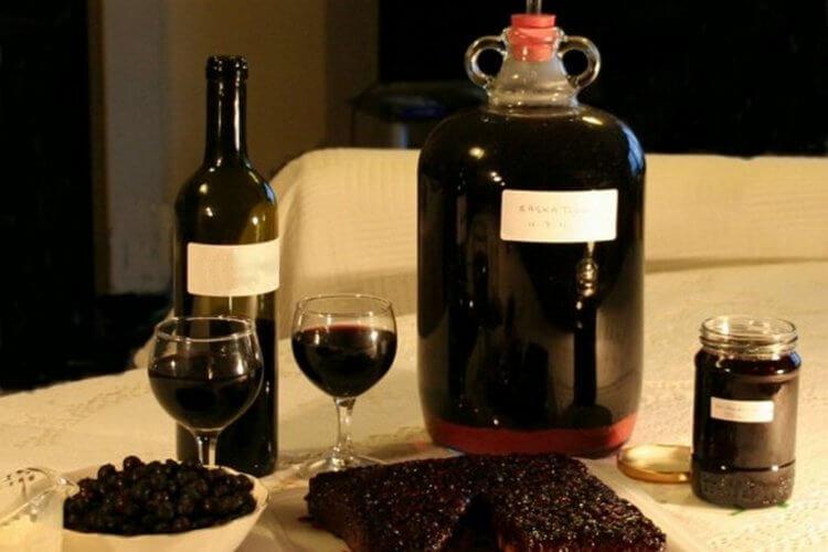 Вино из черноплодки в домашних условиях: простой рецепт 45