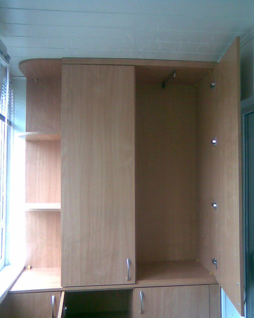 Шкафы на болкон под заказ+ремонт, вид операции продам, состо.