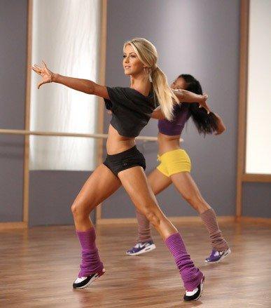 Шейпинг - вид ритмической гимнастики, направленный на изменение форм тела. Система создавалась для женщин в возрасте от 30 до 50 лет. Главный принцип — метод строго, регламентированного упражнения. Перед разработкой системы были проведены специализированные исследования, по результатам которых, были выделены 9 типов конституции женского тела, и для каждого из этих типов были описаны объективные параметры шейпинг-модели...