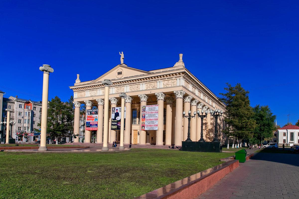 Картинки новокузнецк драмтеатр