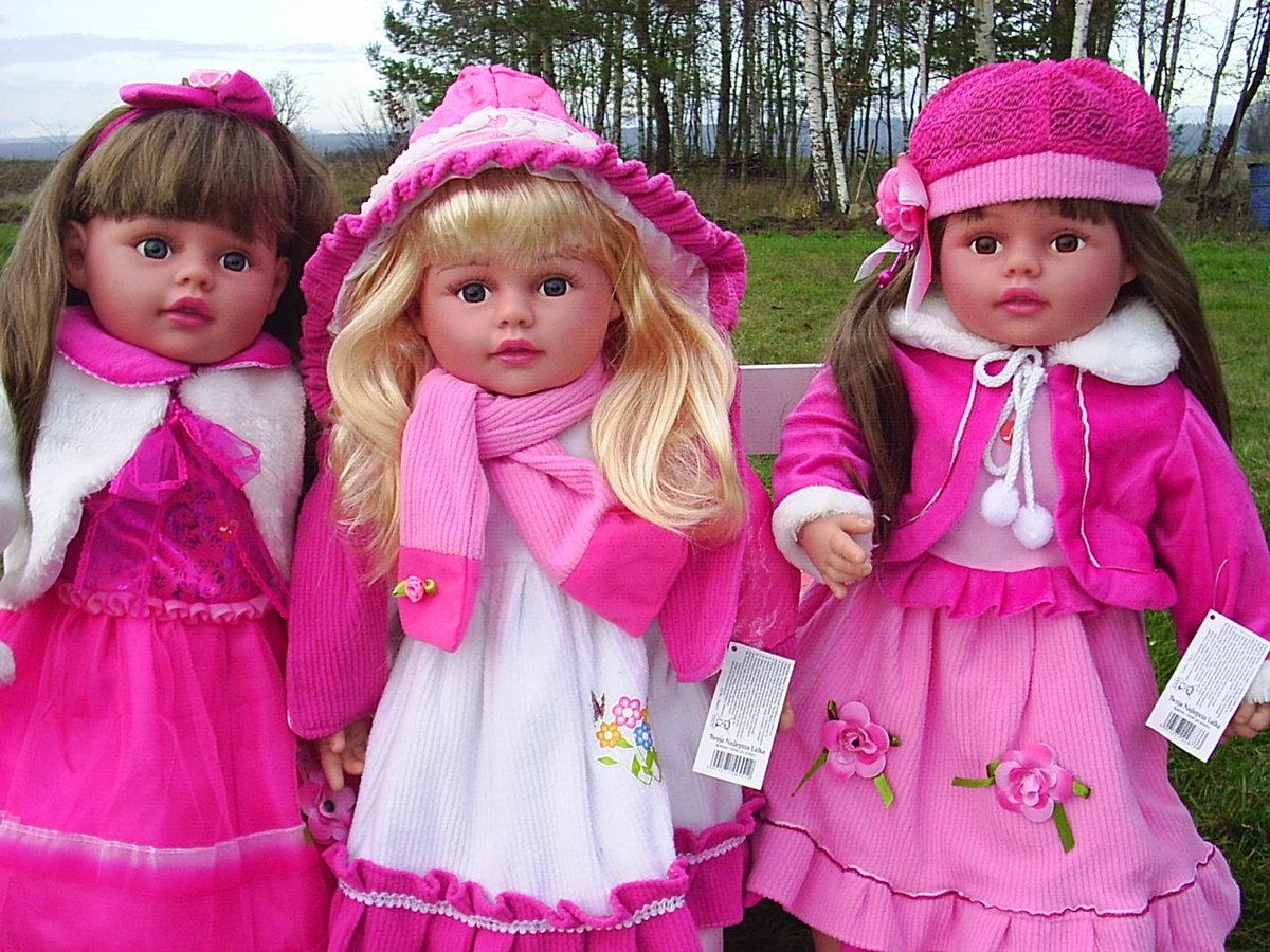 огромные картинки с куклами интересом перенимаем