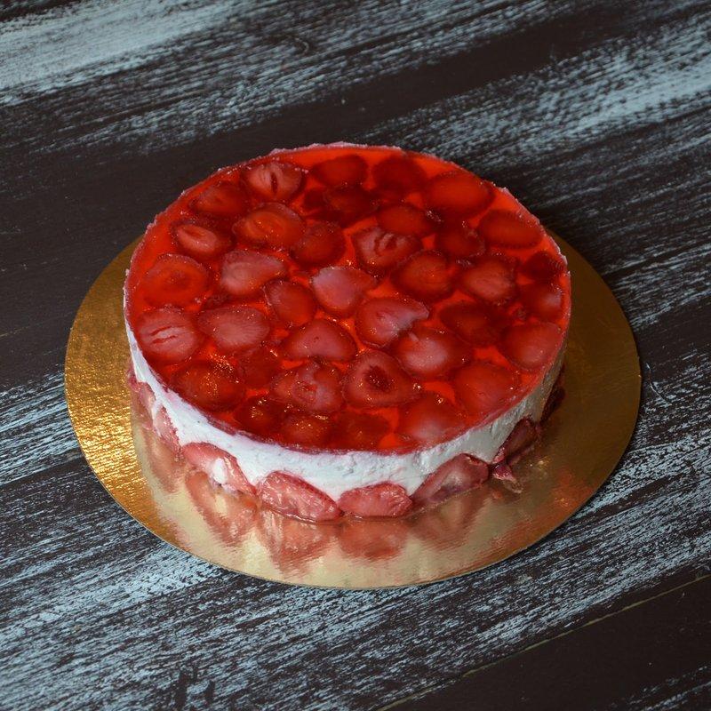 Тортик с клубничным желе