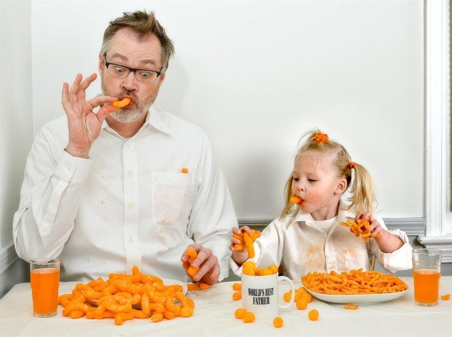 Смешные картинки дети с отцами, дню