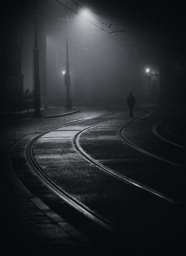 Грустные картинки про расстояние между любимыми со смыслом забудьте про