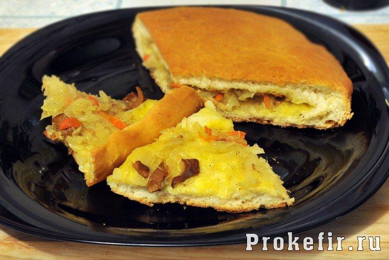 пирог с капустой и грибами с дрожжевого теста