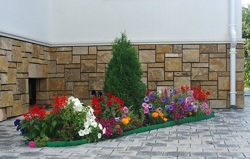 Для владельцев загородных домов весенний период это любимая .