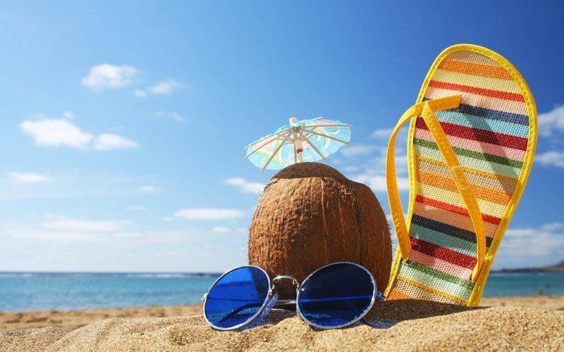 Лето, море, солнце обои для рабочего стола, картинки и фото ... Пляж на райском острове; Лето, море, солнце; Красивый закат на пляже;  Солнечные очки и Пина колада ...