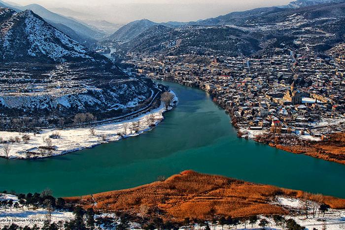 зима в грузии куда шоу