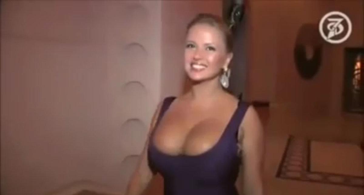 Curvy woman nude gallery pics
