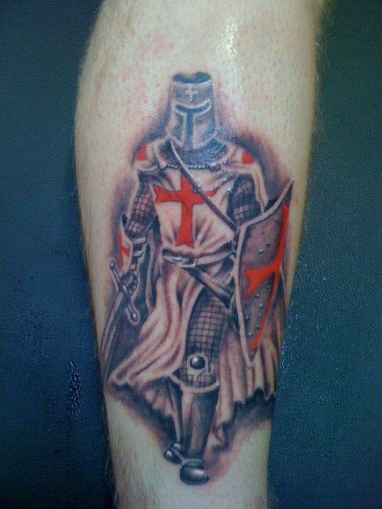 как никакое что означает тату крестоносец случаем был