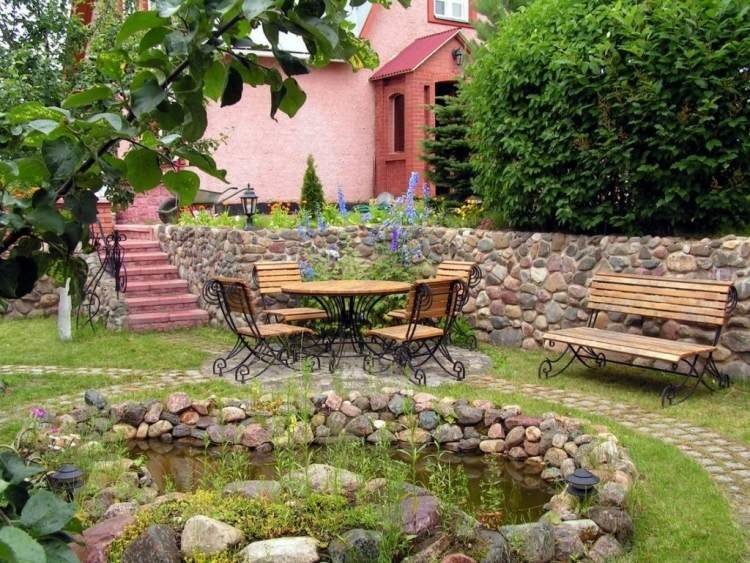 comment amnager son jardin extrieur lac table bois - Comment Amenager Son Jardin