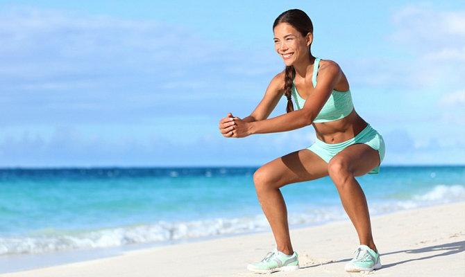 Фитнес на пляже: 10 эффективных упражнений   passion.ru Тренировка на суше