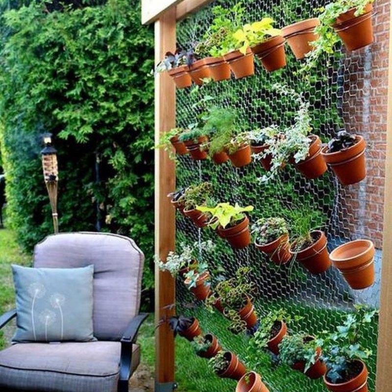 Не у всех есть средства, чтобы оплатить недешевые услуги дизайнера. Садовый дизайн для небогатых будет темой нашей сегодняшней статьи.