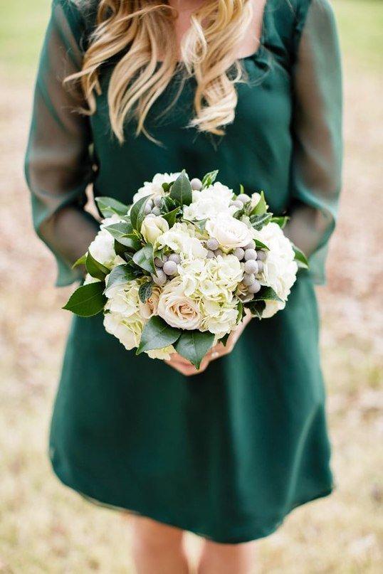 Свадебный букет в изумрудном цвете